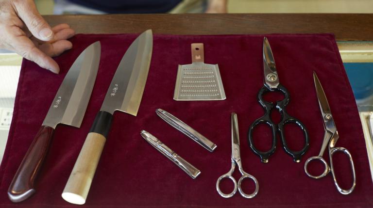 Une petite coutellerie appréciée par les cuisiniers au Japon et à l'étranger