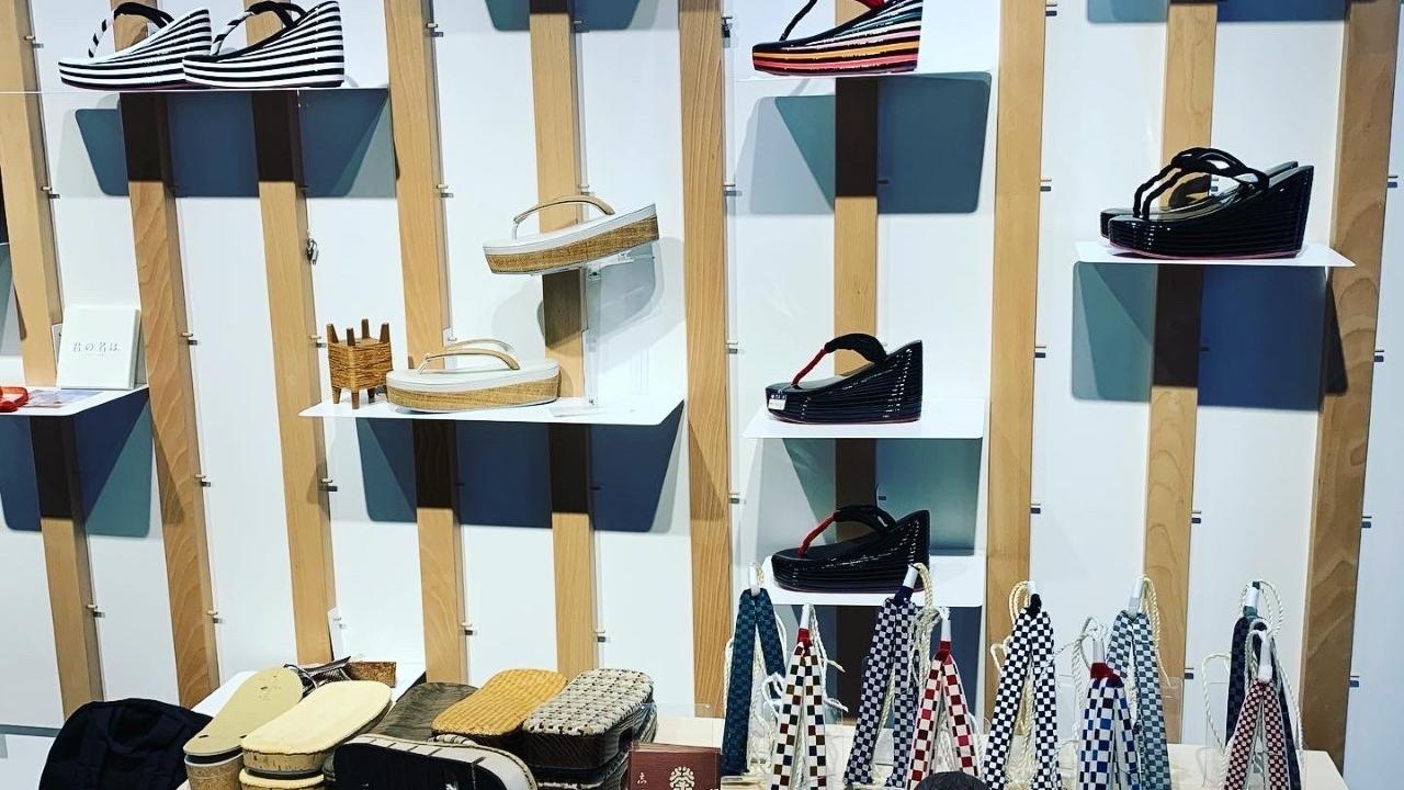 Le nouveau défi de Yotsuya Sanei : « ZORI », un projet pour parer les pieds du monde entier de zōris, ces sandales tant appréciées des habitants d'Edo.